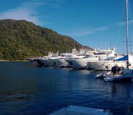motor yacht voyage